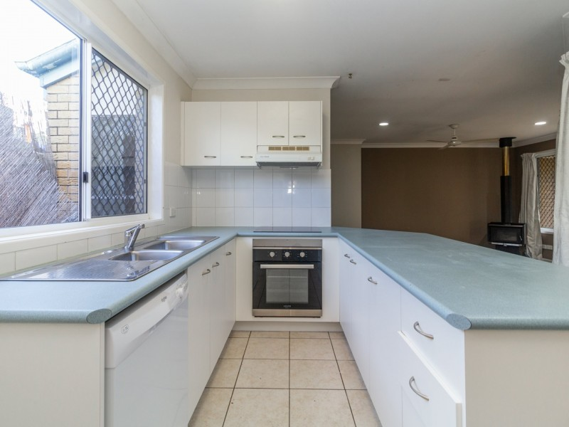 10 Serrata Circuit, Forest Lake QLD 4078