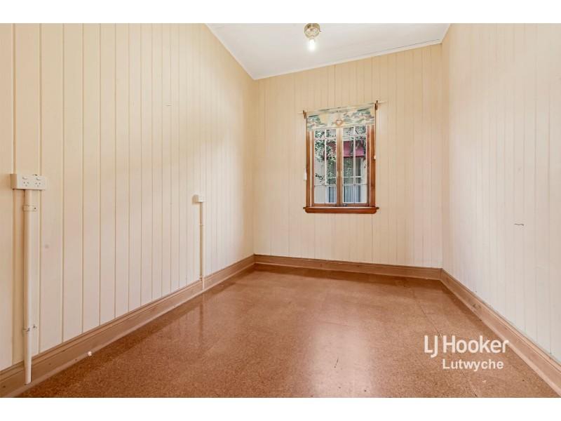 24 Rigby Street, Wooloowin QLD 4030