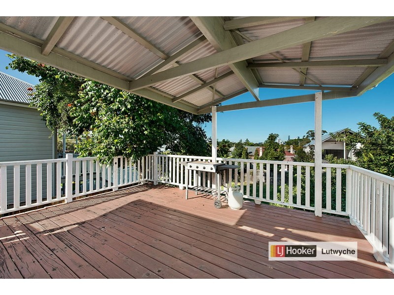 11 Marne Road, Albion QLD 4010