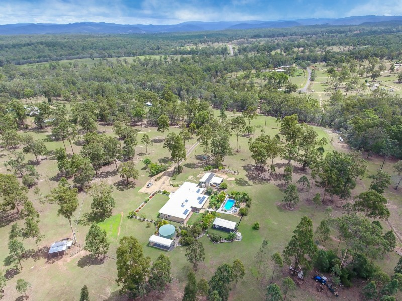 48 Essex Court, Mount Hallen QLD 4312