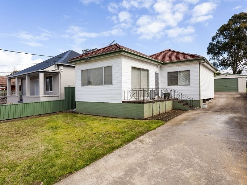 16 Gordon Avenue, Granville NSW 2142