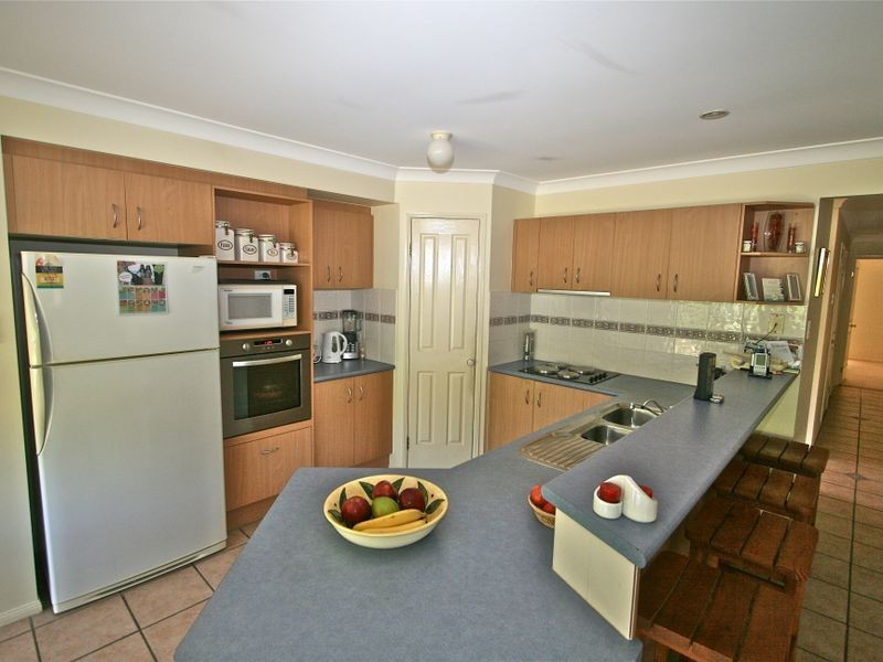 54 Avondale Drive, Banora Point NSW 2486