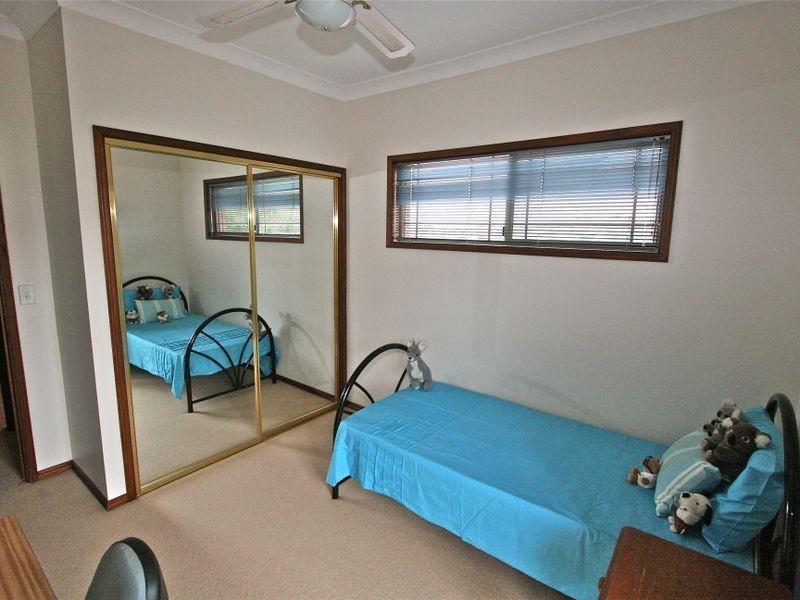 19 Paperbark Court, Banora Point NSW 2486