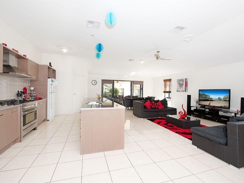 1 Quartz Crescent, Mango Hill QLD 4509