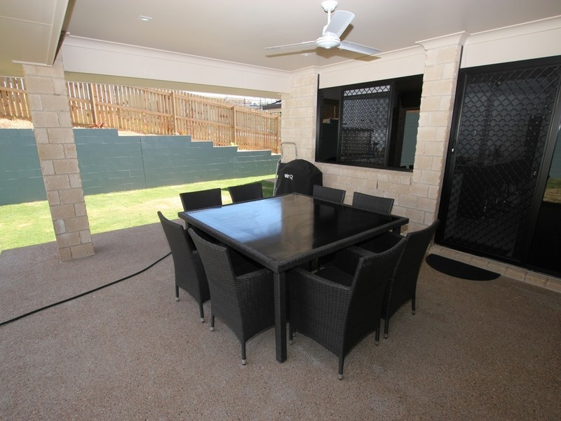 10 Bells Court, Rosslyn QLD 4703