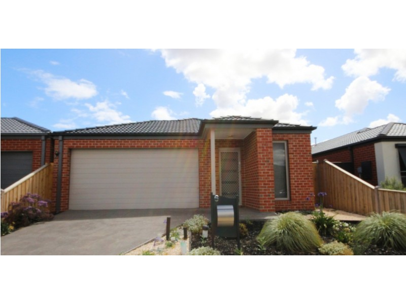 6 Martinshaw Road, Mickleham VIC 3064
