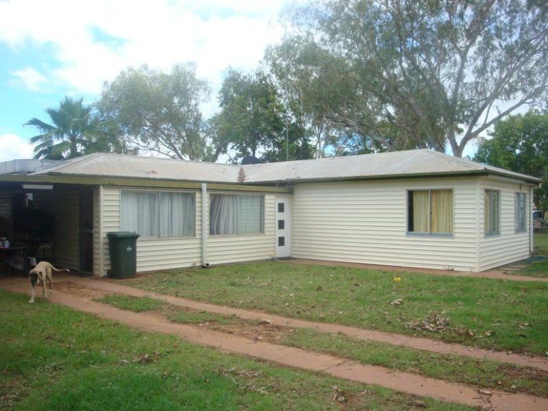 11 BAKER STREET, Charleville QLD 4470