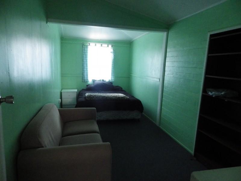 10 Bedwell Street, Yuleba QLD 4427
