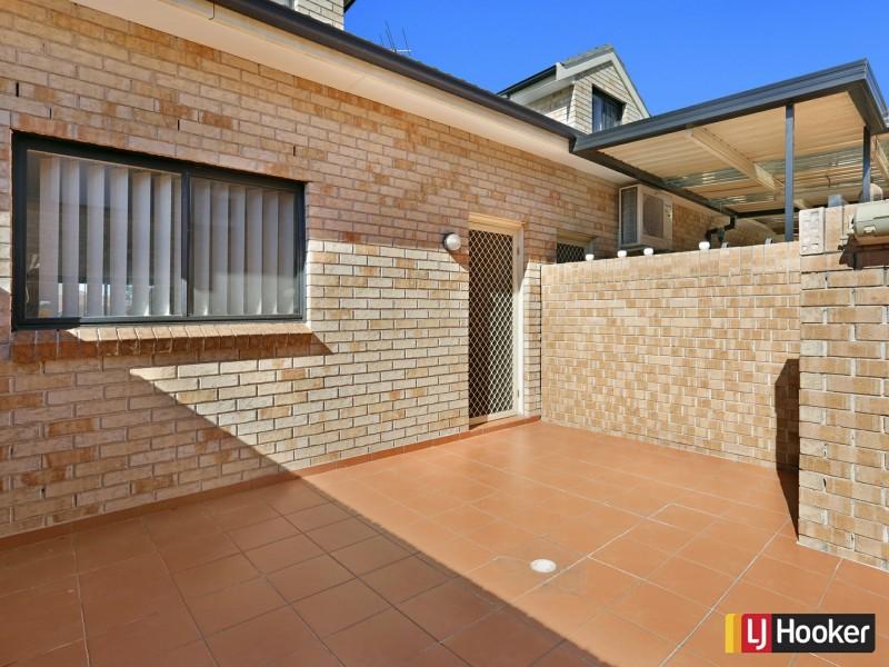 8/259-261 Hector Street, Bass Hill NSW 2197