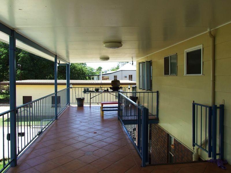 77-79 EDWARD STREET, Charleville QLD 4470