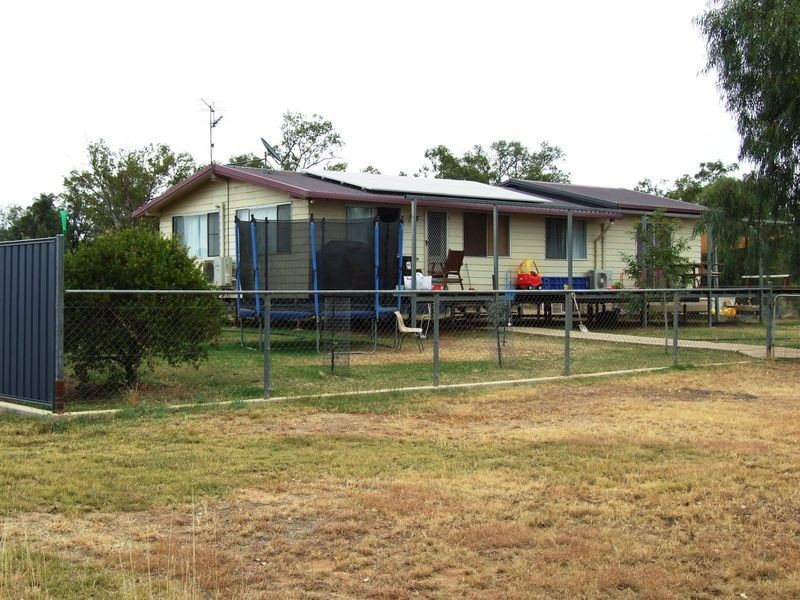 18 LITTLE PAGE STREET, Charleville QLD 4470