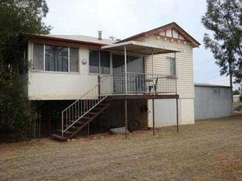 168 PARRY STREET, Charleville QLD 4470