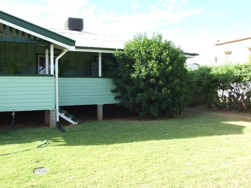 159 PARRY STREET, Charleville QLD 4470