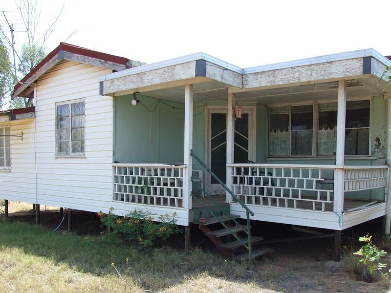 307 ALFRED STREET, Charleville QLD 4470