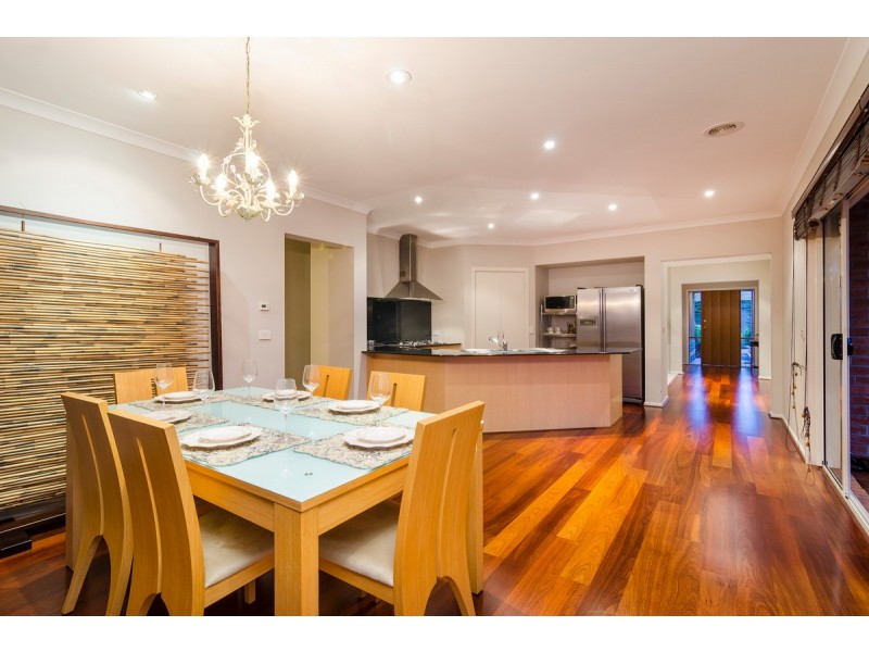 2 Villiers Drive, Point Cook VIC 3030