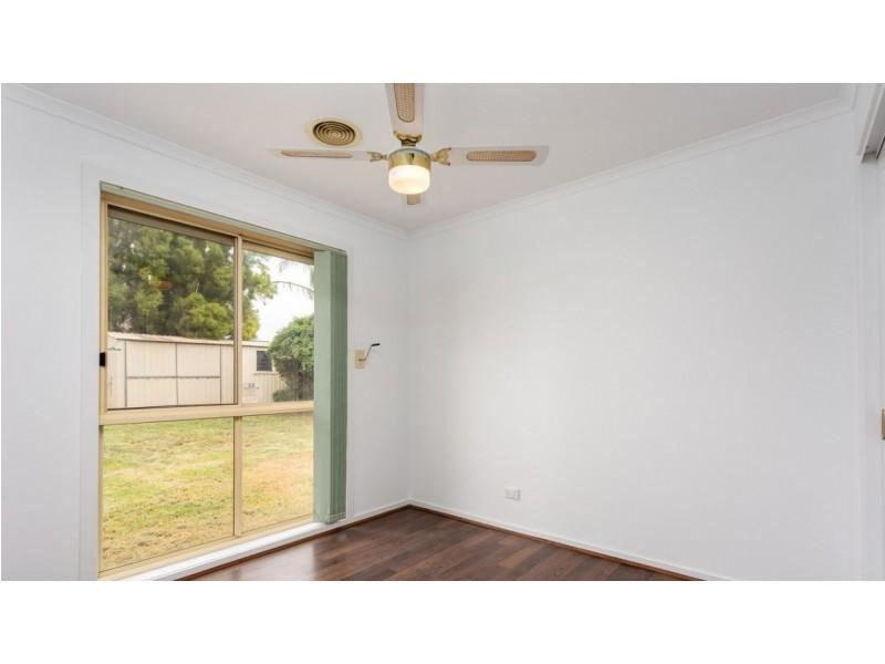 24 Hosken Street, Altona Meadows VIC 3028