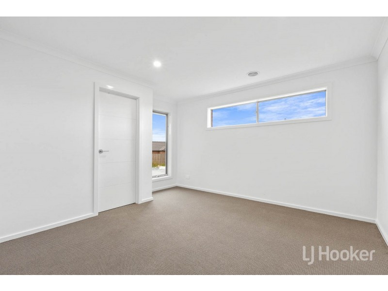 5 Farm Court, Bacchus Marsh VIC 3340