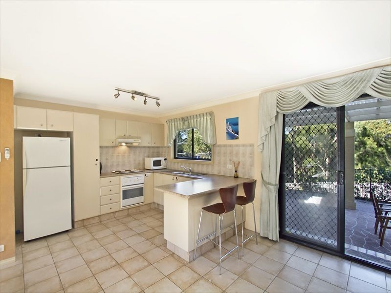 1/5 Robinia Place, Alfords Point NSW 2234