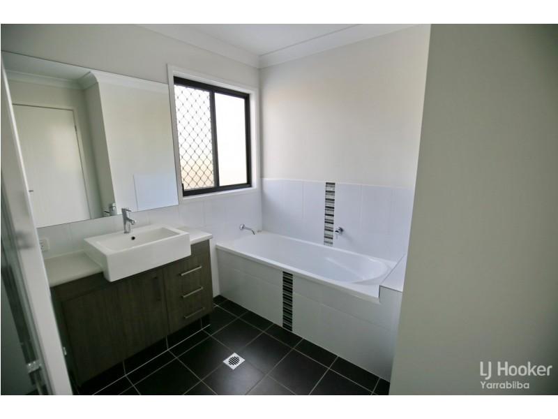 18 Schroeder Street, Yarrabilba QLD 4207