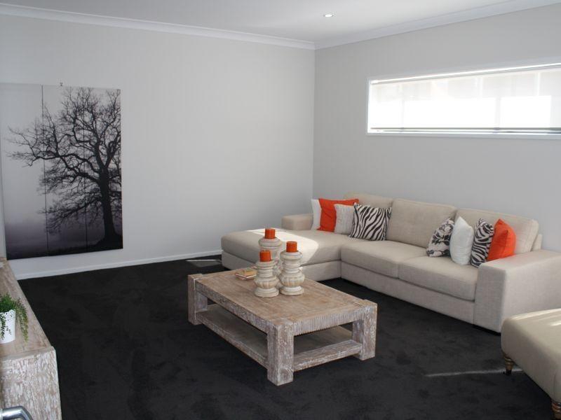 4 Grasslands Street, Yarrabilba QLD 4207