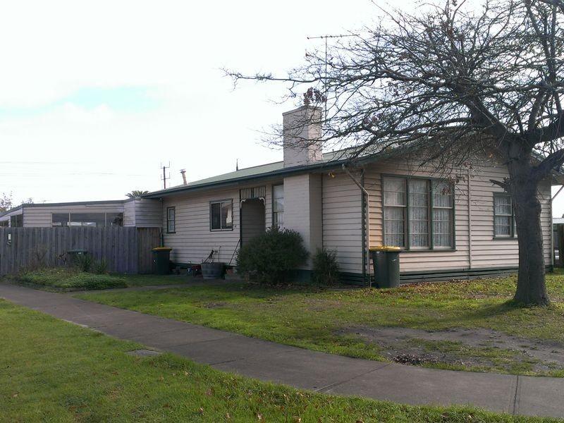67 Waitara Grove, Norlane VIC 3214
