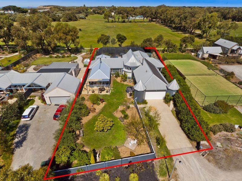 13 Araluen Court, Barwon Heads VIC 3227