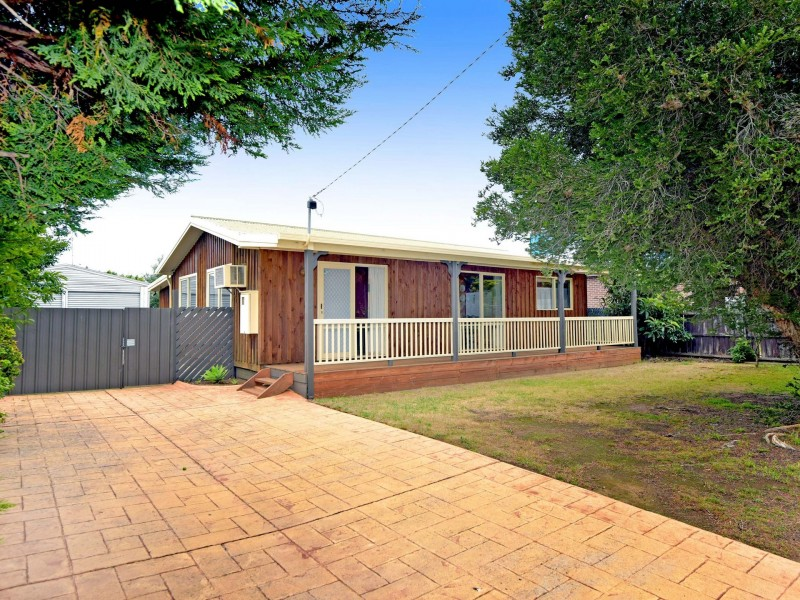 14 Doongara Avenue, St Leonards VIC 3223