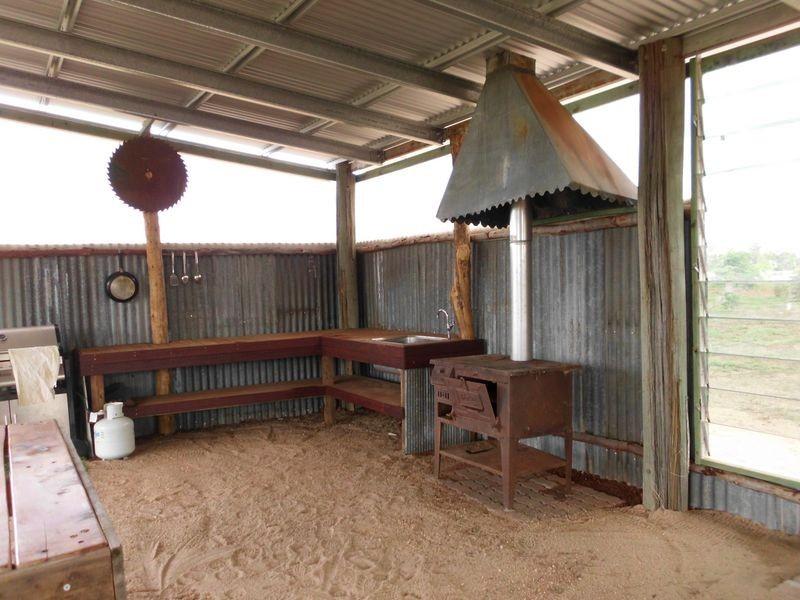 322 Weir Road (Caravan Park), Cunnamulla QLD 4490
