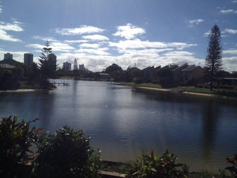 106 Clear Island Road, Broadbeach Waters QLD 4218