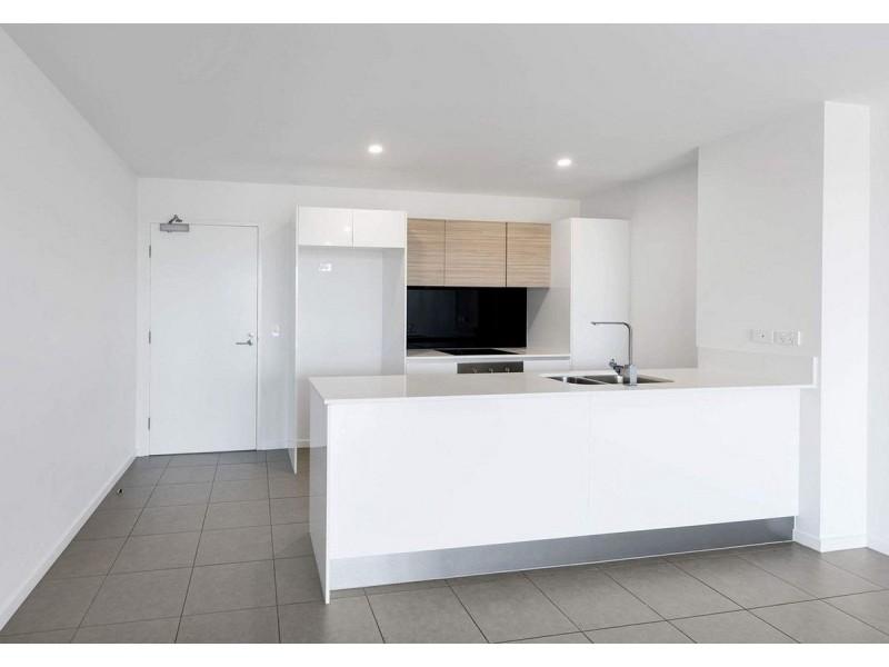 2304/1 Waterford Court, Bundall QLD 4217