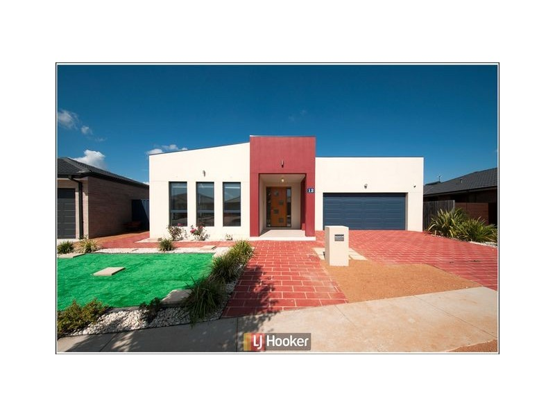12 Jeannie Gunn Street, Franklin ACT 2913