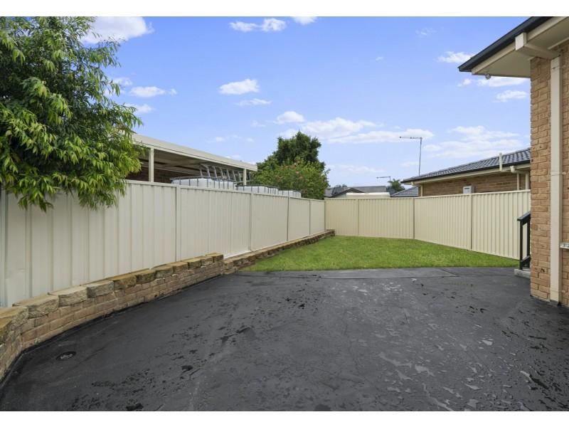 62 Kingfisher Avenue, Bossley Park NSW 2176