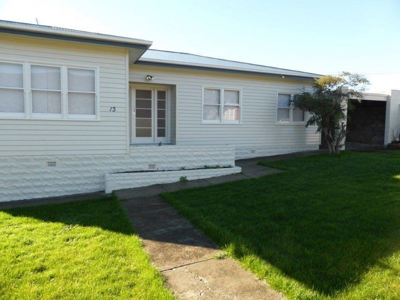 13 Ashbourne Grove, West Moonah TAS 7009