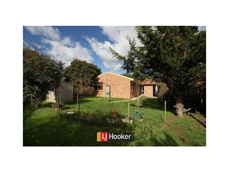 10 Hart Place, Palmerston ACT 2913