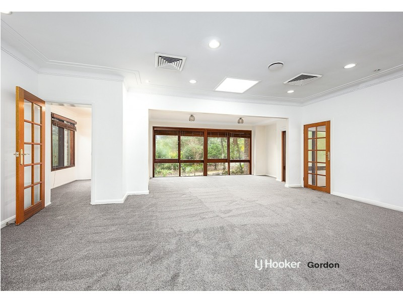 5 Lofberg Road, Pymble NSW 2073