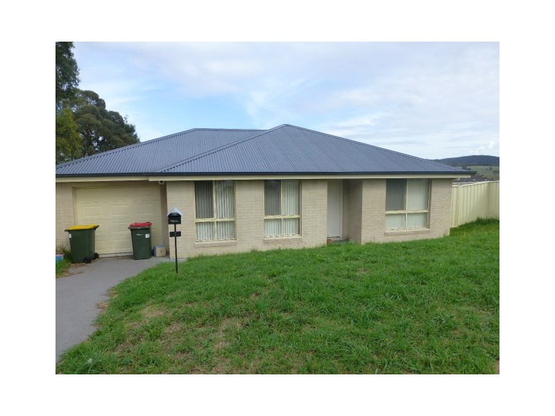 1 Pirena Place, Lithgow NSW 2790