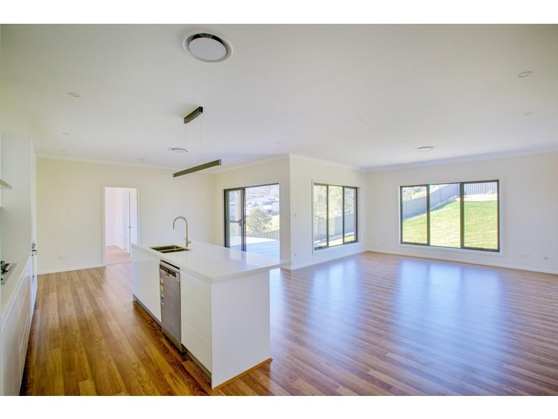 18 Thornton Avenue, Lithgow NSW 2790
