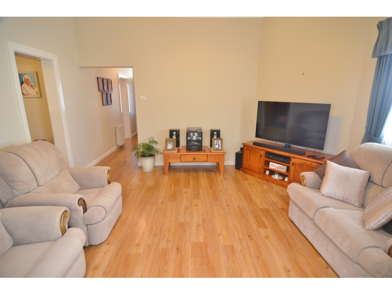 88 Sandford Avenue, Lithgow NSW 2790