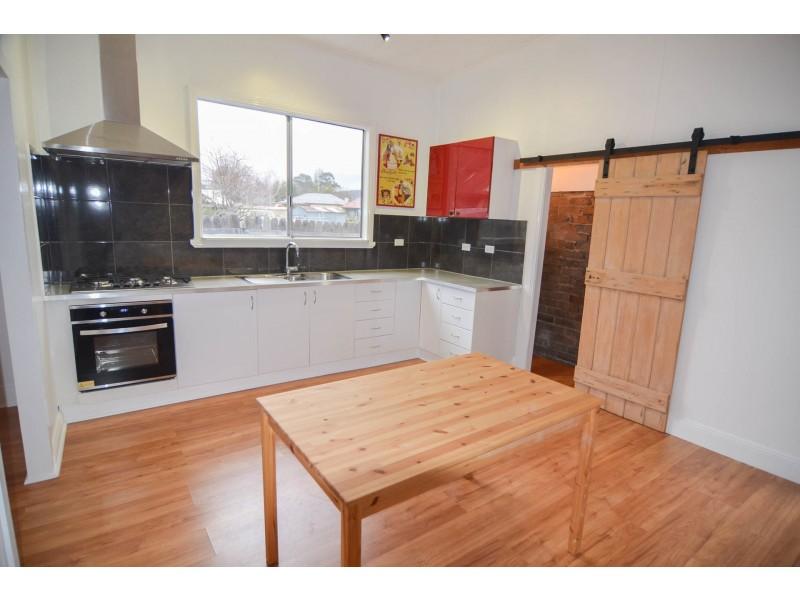 13 Geordie Street, Lithgow NSW 2790