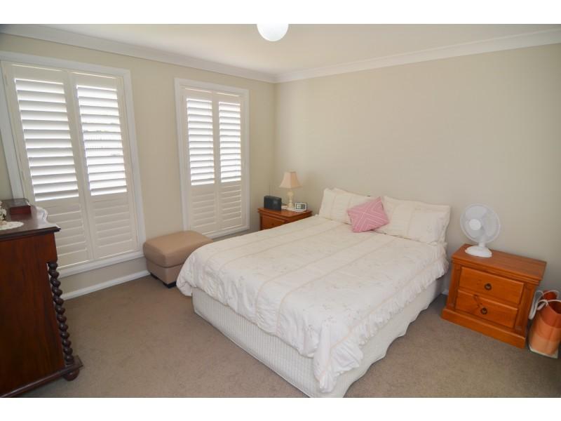 13 Hoskins Avenue, Lithgow NSW 2790