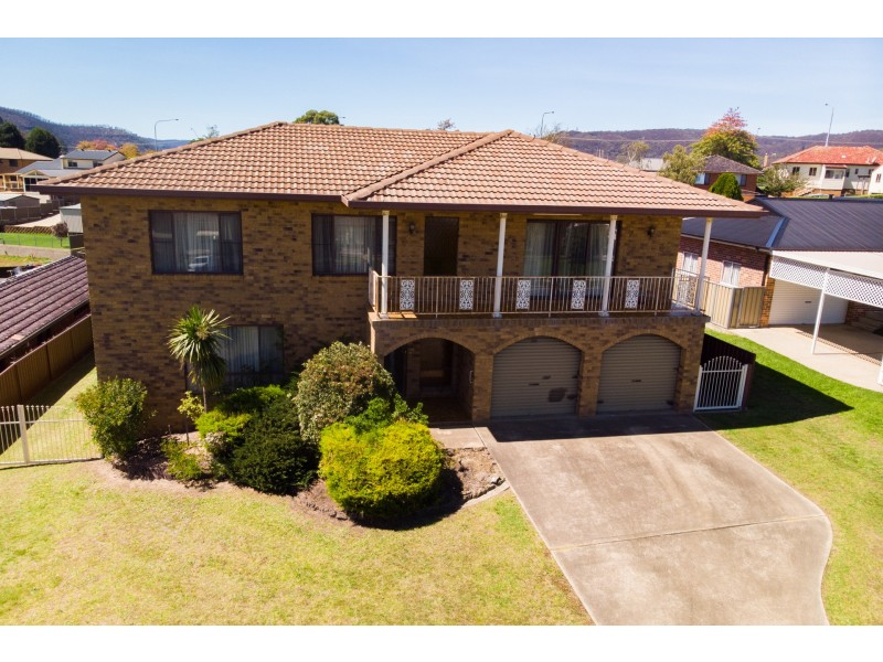 11 Tweed Road, Lithgow NSW 2790