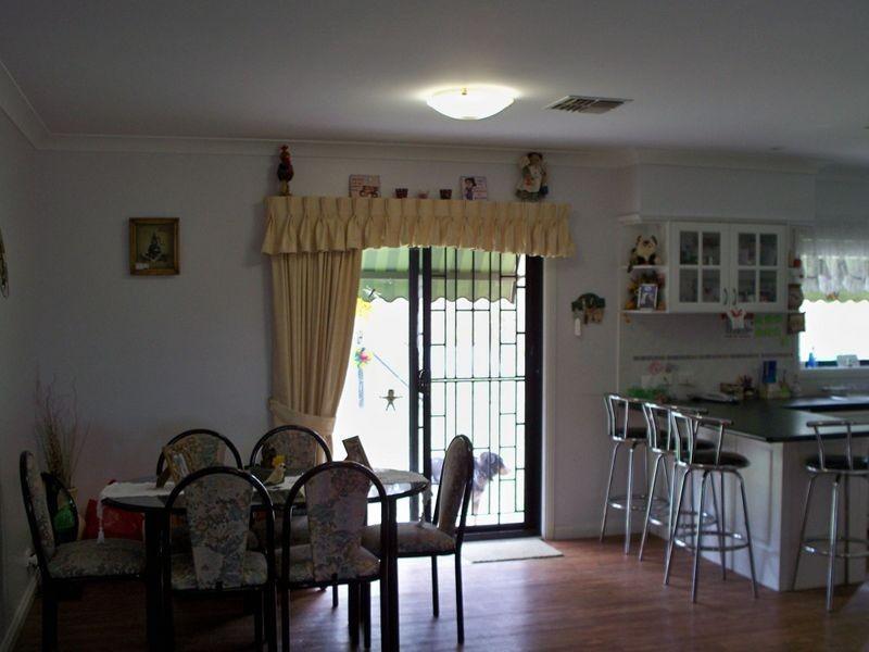 2B Hughes Lane, Marrangaroo NSW 2790
