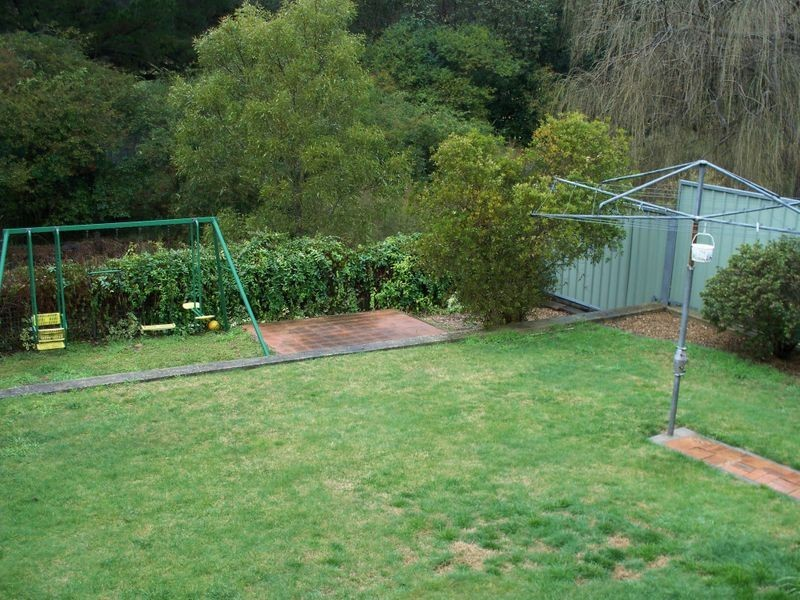 32 Bells Road, Lithgow NSW 2790