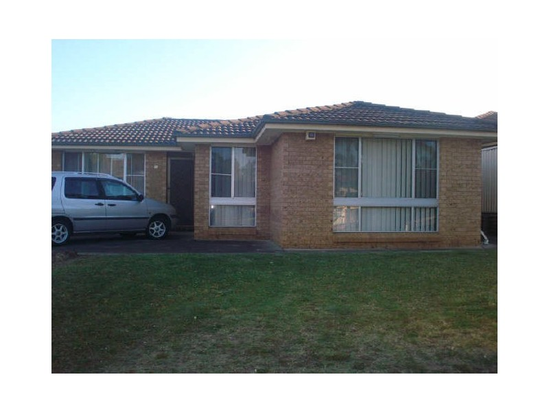 28 Stockdale Crescent, Abbotsbury NSW 2176
