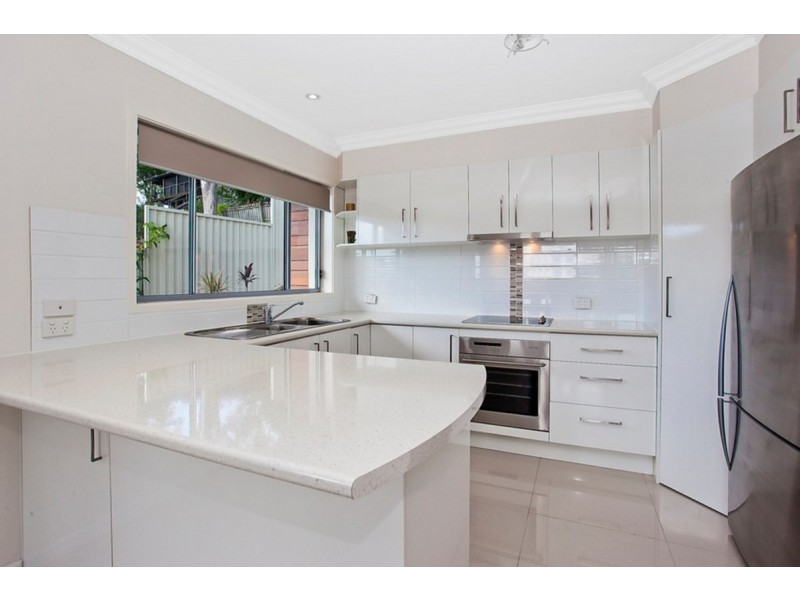 2/58 West Burleigh Road, Burleigh Heads QLD 4220