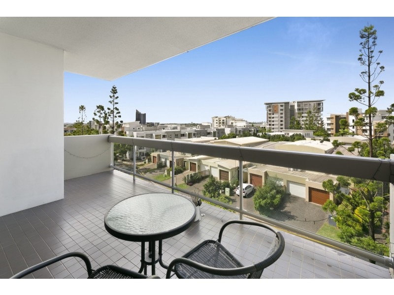 223/60 Riverwalk Avenue, Robina QLD 4226
