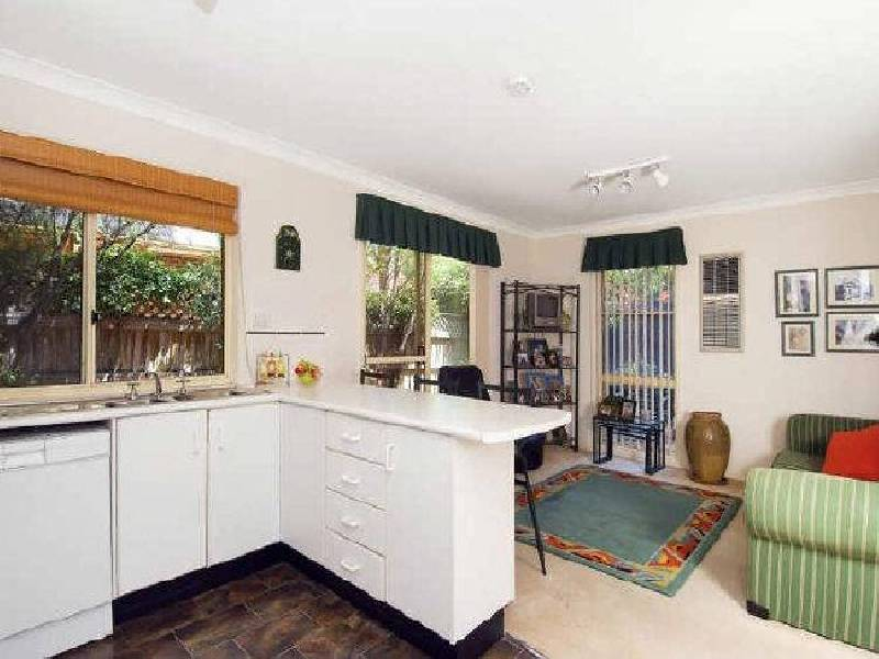 6 Carrol Court, Alfords Point NSW 2234