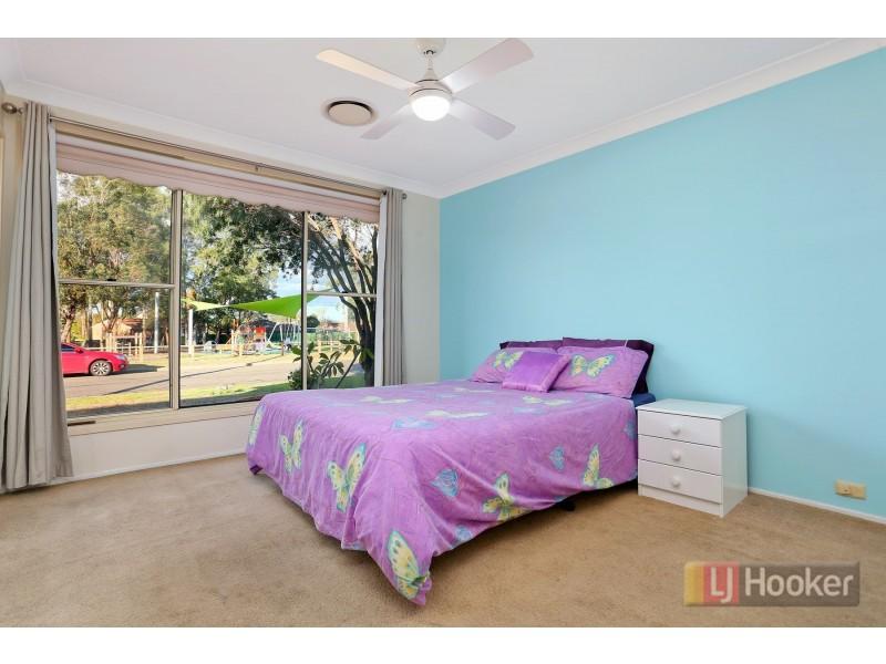 21 Skylark Crescent, Erskine Park NSW 2759
