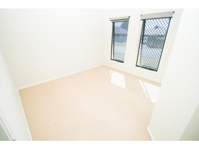 8 Denning Street, Fernvale QLD 4306