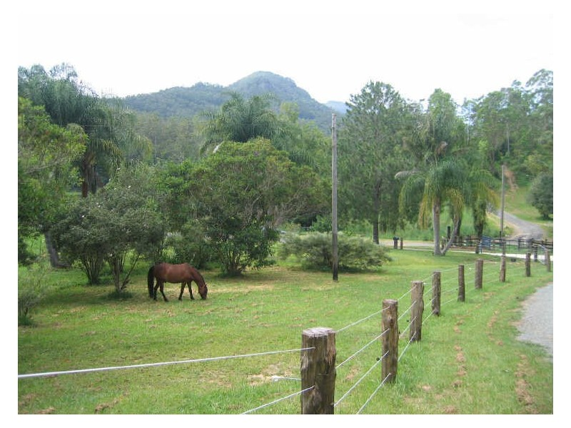 36 Dove Rd, Tallebudgera Valley QLD 4228
